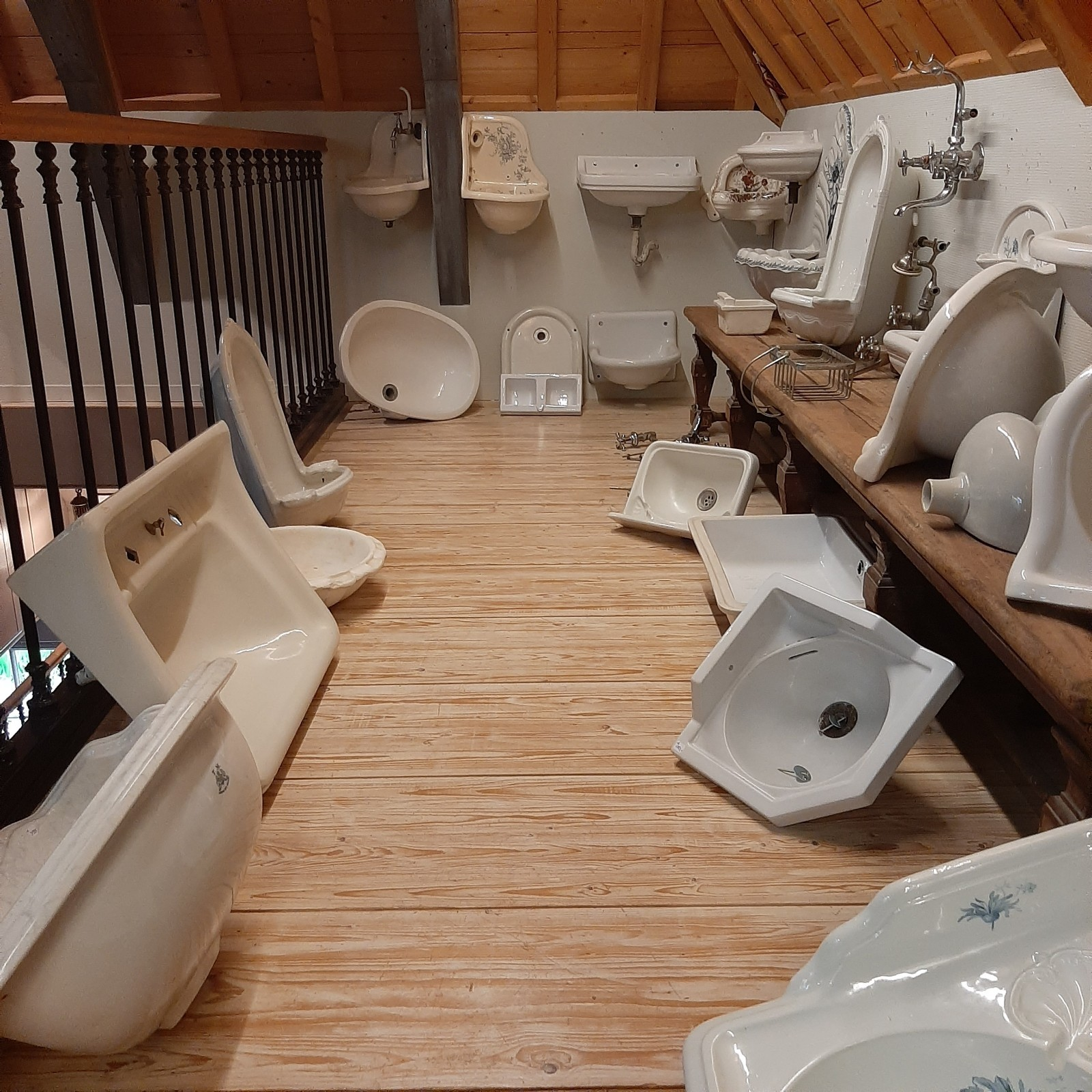 alte Sanitär-Showroom