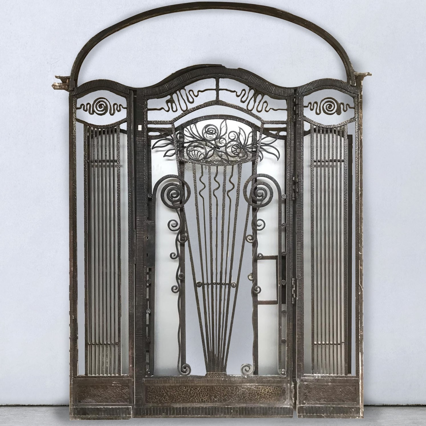 Antikes Schmiedeeisenportal Art Deco