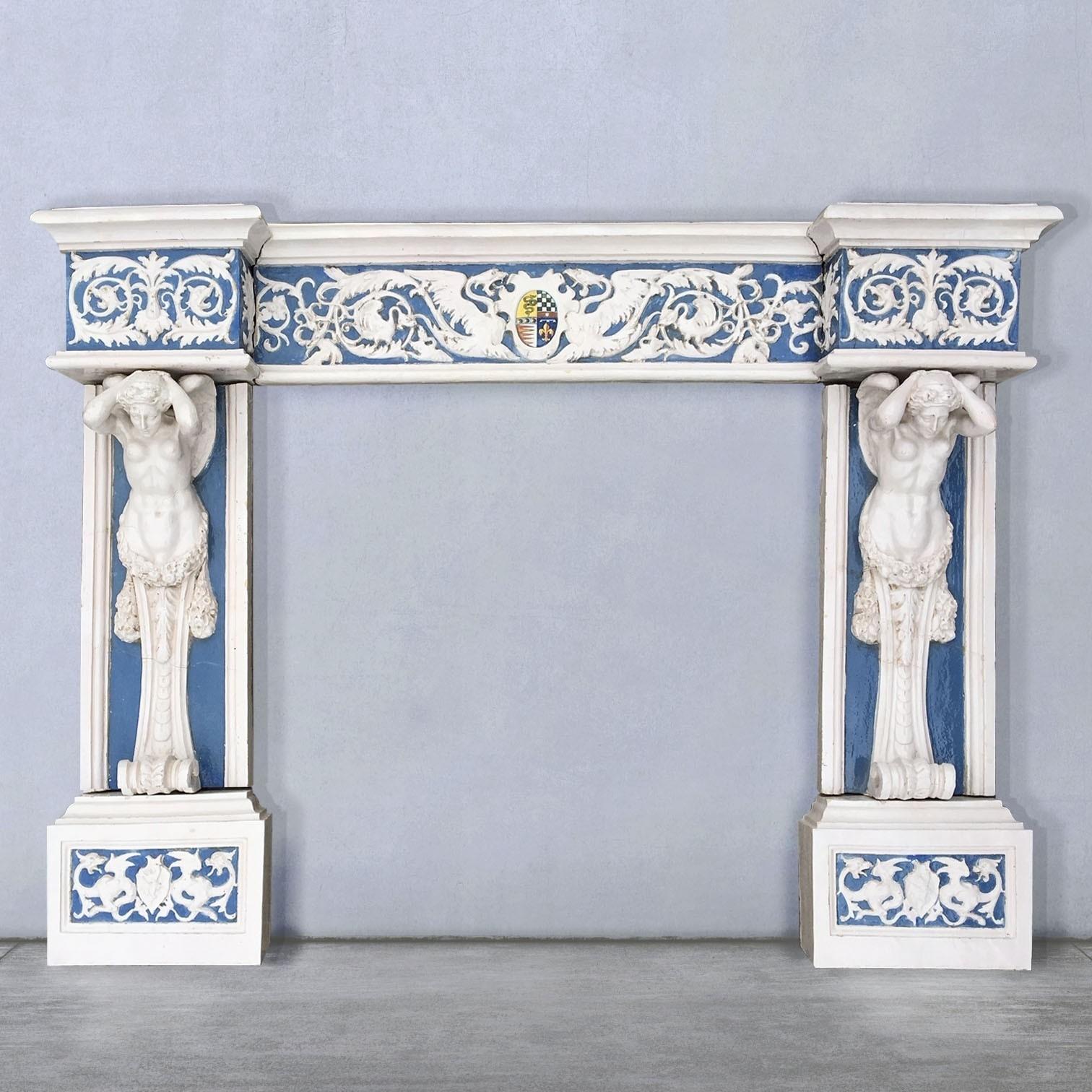 Cantagalli-Kamin Keramik aus dem 19. Jahrhundert im Della Robbia-Stil