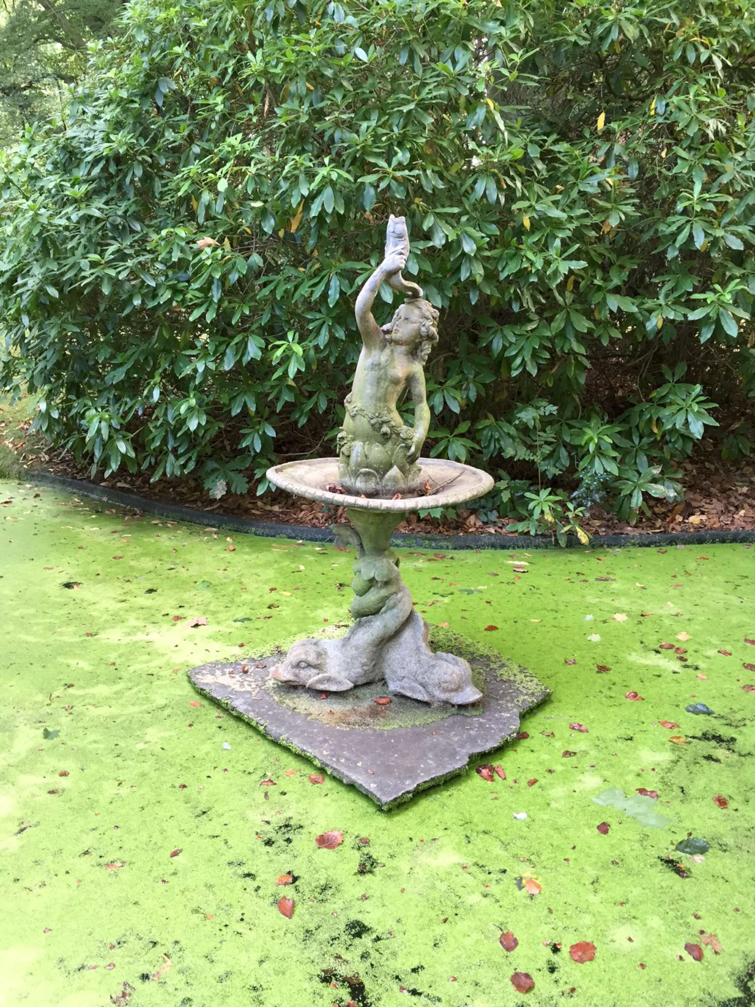 Antike bleiernen Brunnen