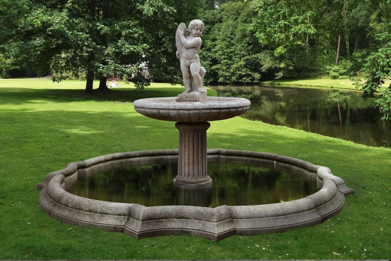 Großer antiker Brunnen aus Marmor und Sandstein aus dem 19. Jahrhundert