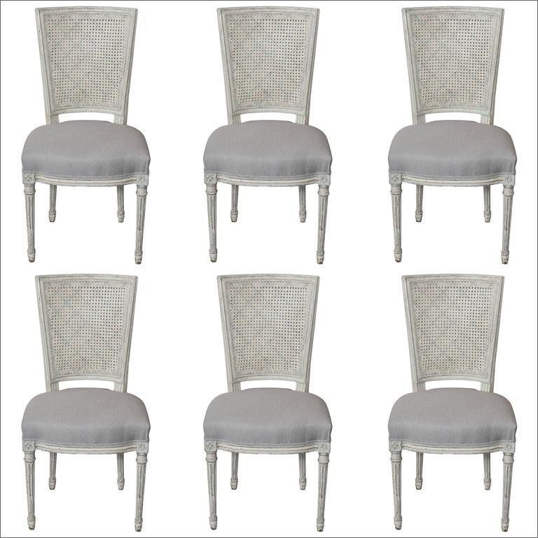Set aus sechs vollständig restaurierten französischen Esszimmerstühlen im Louis XVI / Seize-Stil